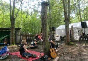 Bühne beim Hängemattenhotel